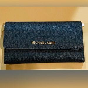 NEW (no tag) Michael Kors Jet Set Trifold Wallet
